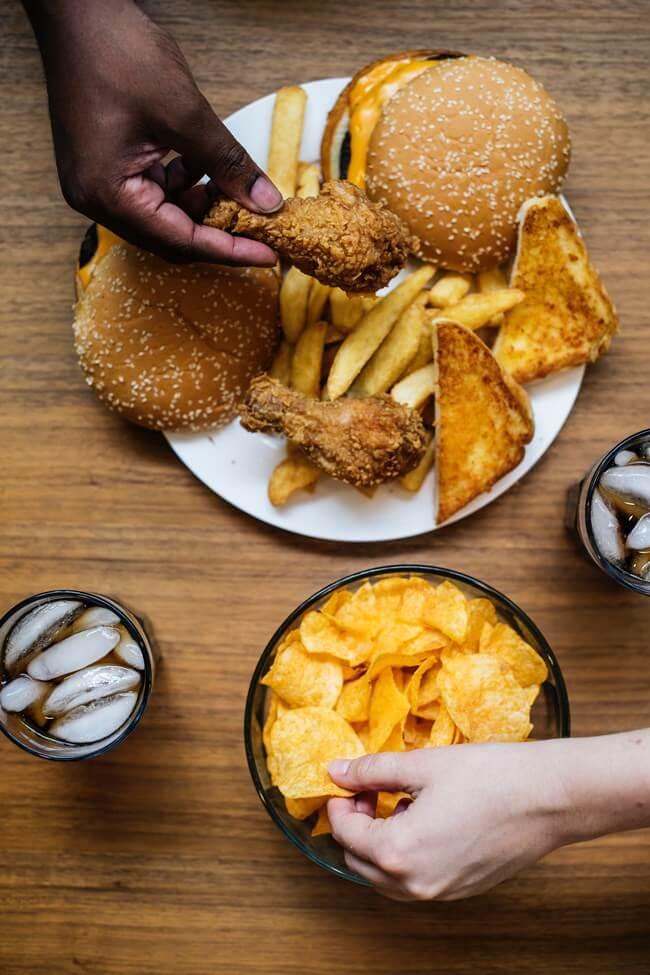 ดูแลตัวเองอย่างไร ให้ห่างไกลปัญหาของโรคอ้วน1